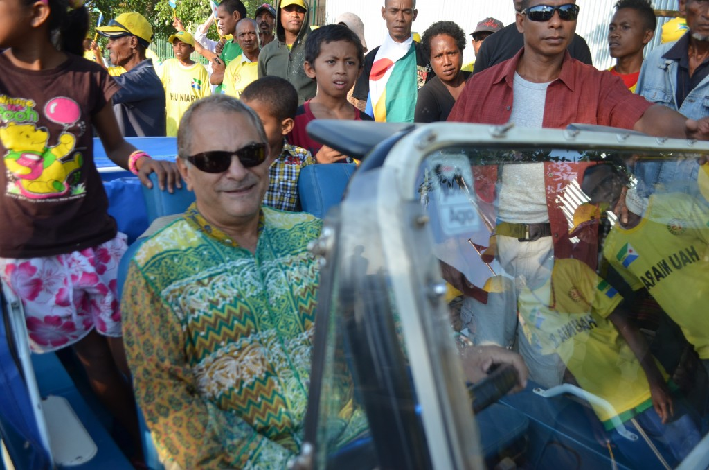 Former Timorese President Jose Ramos Horta campaigning in Dili before July 2012 parliamentary elections (Photo: Simon Roughneen)