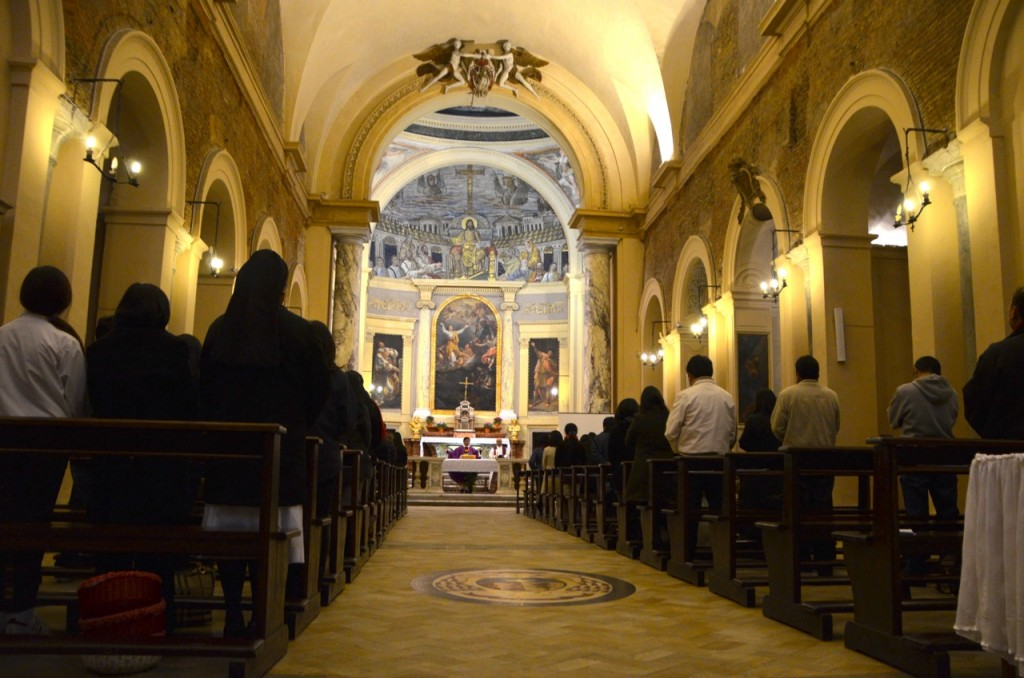 Sunday evening Mass in Santa Pudenziana (Photo: Simon Roughneen)