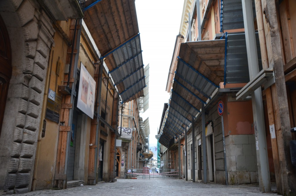 Old town of L'Aquila, four years after the earthquake (Photo: Simon Roughneen)