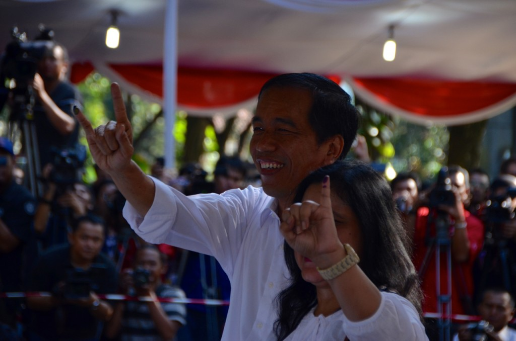 Joko Widodo and wife Iriana after voting in central Jakarta on April 9 (Photo: Simon Roughneen)