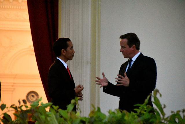 UK Prime Minister David Cameron and Indonesia President Joko Widodo outside the Presidential Palace in Jakarta on July 27 (Photo: Simon Roughneen)